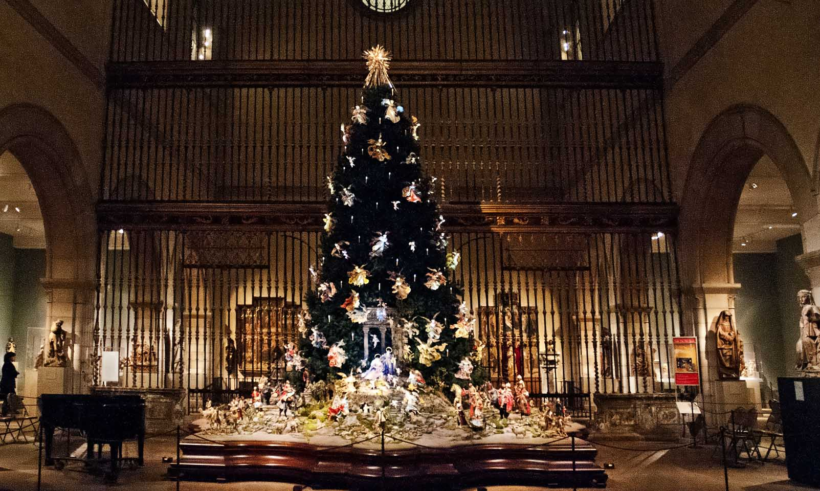 How Museums Are Celebrating the Holidays