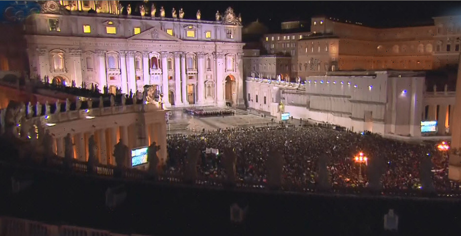 St. Peter's Square awaits the papal introduction