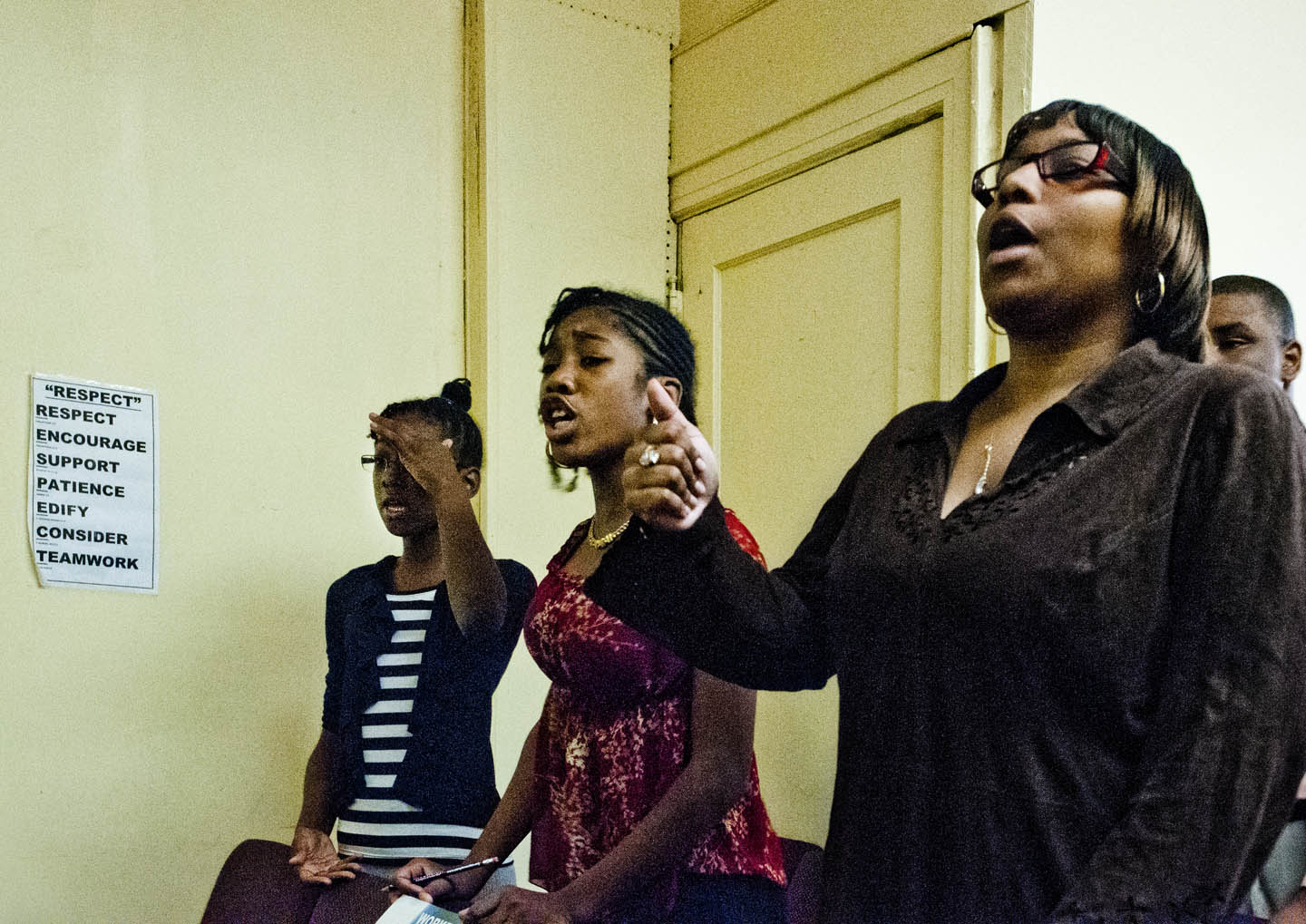 Singing about moral courage, United Baptist Church, Brooklyn. Photo: Tony Carnes/A Journey through NYC religions