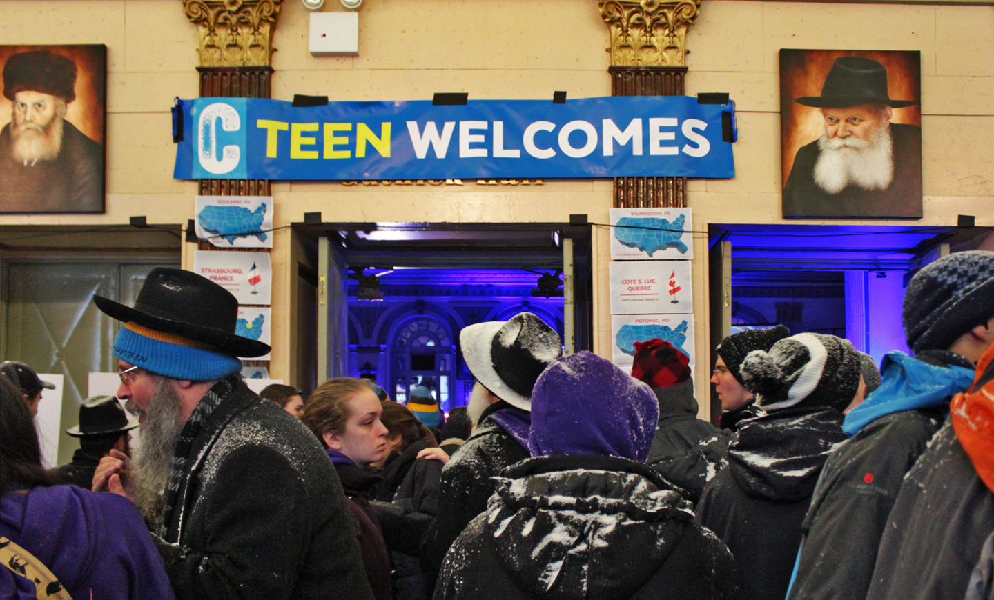 Neither sleet nor snow, rain or gloom of night will slow down venturesome Chabad emissaries putting out their message of spiritual renewal to teens. Photo: Pauline Dolle/A Journey through NYC religions
