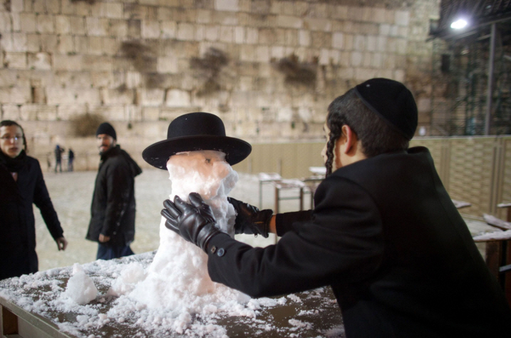 "From ""6 Jewish Things to Do During The Jewish #Jonas Snow-mageddon, The Jewish Forward"